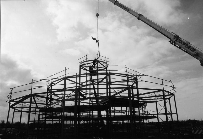 Aanbouw de zeppelin Rotterdam